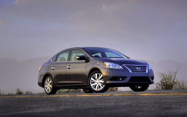 2013 Nissan Sentra front