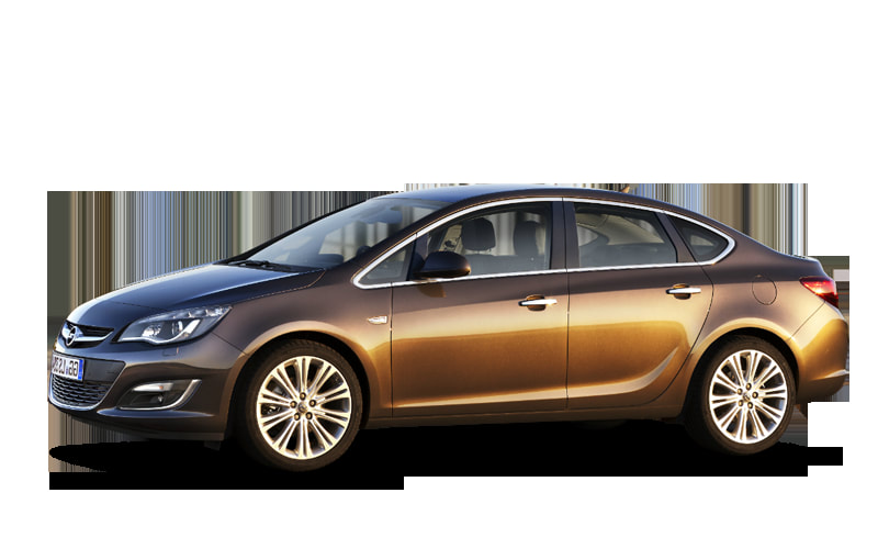 2013 Opel Astra front