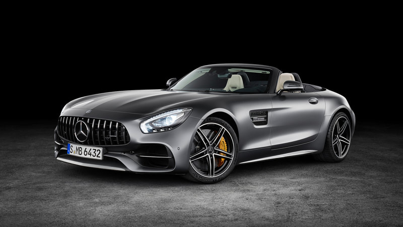 2018 Mercedes-Benz AMG GT Roadster front