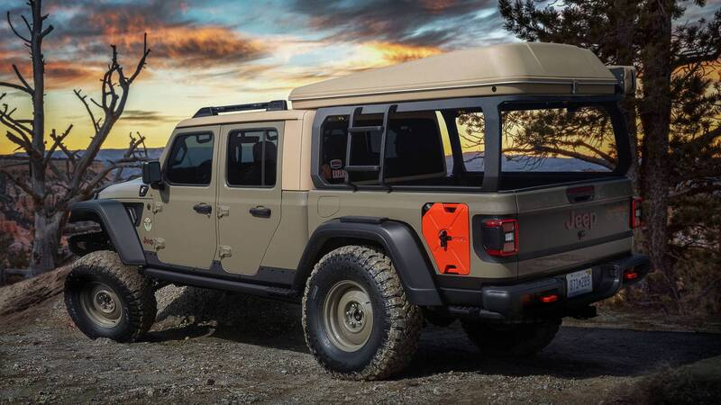 Jeep Wayout concept rear