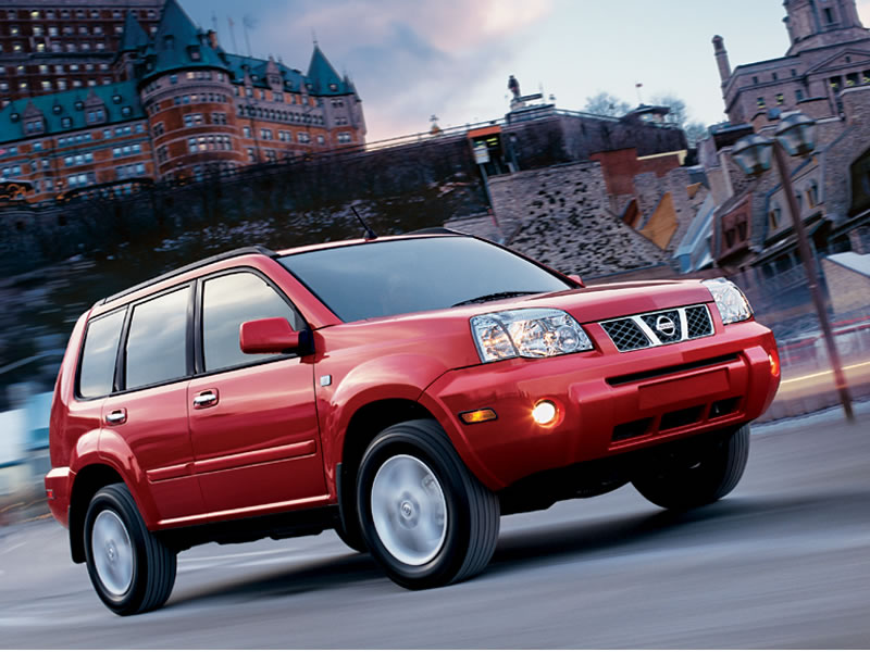 2005 Nissan X-Trail front